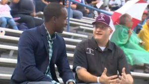 Sweeny High School shows support for teacher fighting cancer